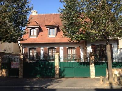 Les Pavillons Sous Bois - 10 pièce(s) - 220 m2