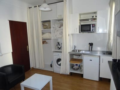 Appartement rénové Paris - 1 pièce(s) - 13.61 m2