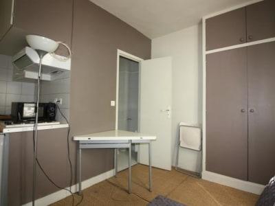 Paris 14 - 1 pièce(s) - 11.7 m2 - 1er étage