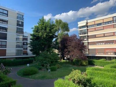 Fontenay Le Fleury - 4 pièce(s) - 82 m2
