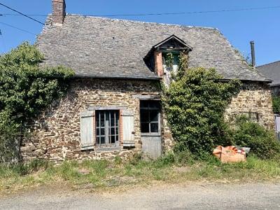 Maison en pierres.