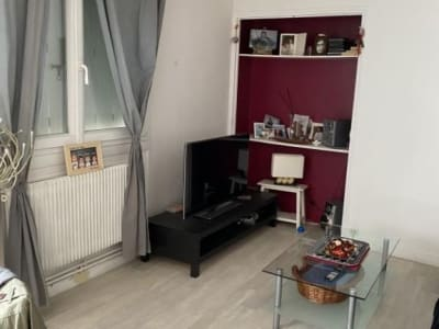 Lons Le Saunier - 4 pièce(s) - 75 m2 - 3ème étage