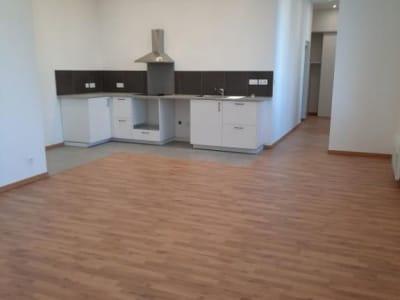 Lons Le Saunier - 3 pièce(s) - 98 m2 - Rez de chaussée