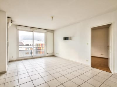 Bourgoin Jallieu - 4 pièce(s) - 85.12 m2 - 4ème étage