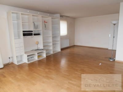 - 5 pièce(s) - 103 m2