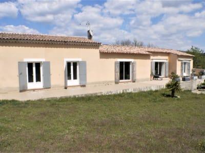 Maison T4/5. La Verdiere (Haut Var). 165 m2 sur 3 000 M2 de terr