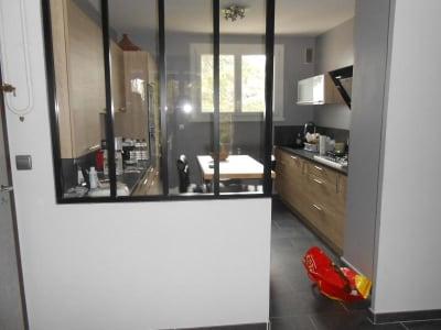 Appartement rénové Caluire - 4 pièce(s) - 71.0 m2