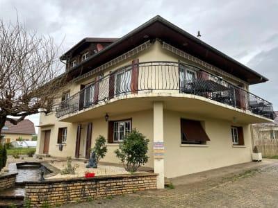 Maison Le Pont De Beauvoisin 8 pièce(s) 300 m2