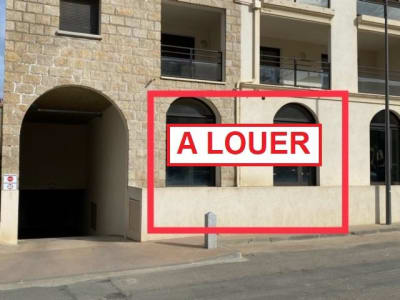 COMMERCIAL PROPRIANO - 90 m2