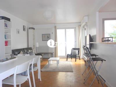 APPARTEMENT PARIS 18 - 3 pièce(s) - 73 m2