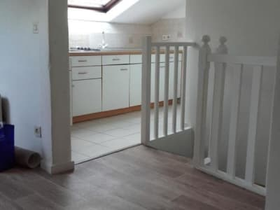Appartement Suresnes - 1 pièce(s) - 12.68 m2