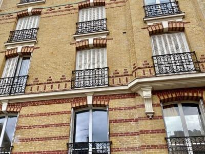 Local aménagé en appartement / COLOMBES - 1 pièce(s) - 13 m2