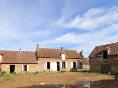 Ancien corps de ferme à rénover à 10 min de Chartres !