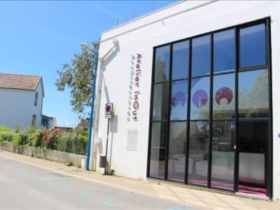 LOCAUX PROFESSIONNELS CLOHARS CARNOET - 65 m2