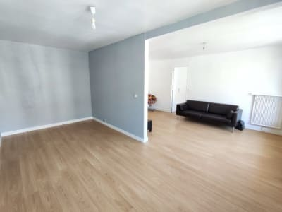 Appartement Le Thillay 4 pièce(s) 72 m2