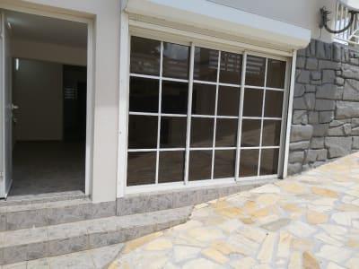 A louer Beau T2 de 35 m² en RDC, bien situé, Bourg du Lamentin