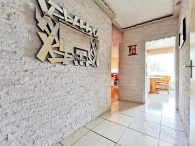 Thyez - 4 pièce(s) - 80 m2 - 1er étage