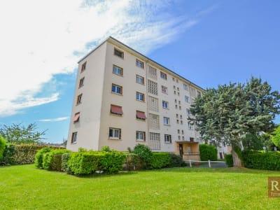 Appartement Les Clayes Sous Bois 5 pièce(s) 80 m2