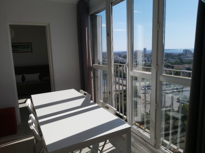 Bel Appartement type 3 Vue Mer secteur 14e