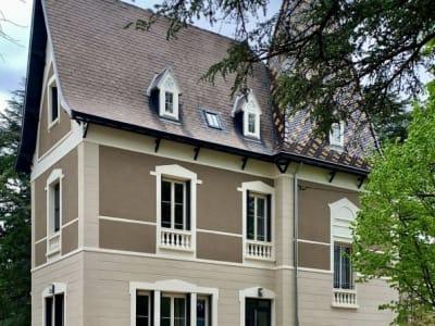 Charbonnieres Les Bains - 1 pièce(s) - 43 m2