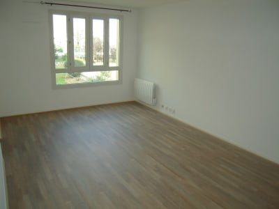 POISSY - 2 pièce(s) - 55 m²