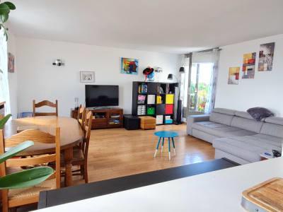 Appartement en Duplex Secteur 'Les Etangs de Cergy' dernier étag