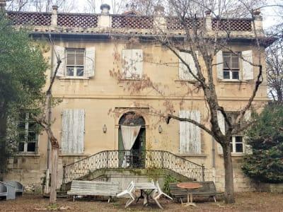 Maison - T6 - 233m²