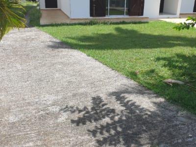 Bas de villa F3 non meublé avec jardin