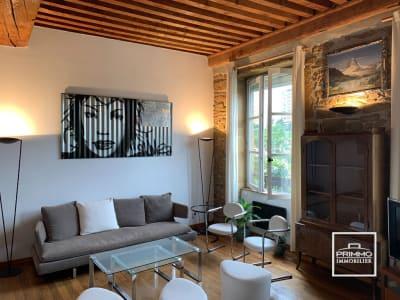 Croix Rousse / Caluire & Cuire: T3 de 72.59 m² Carrez avec cave