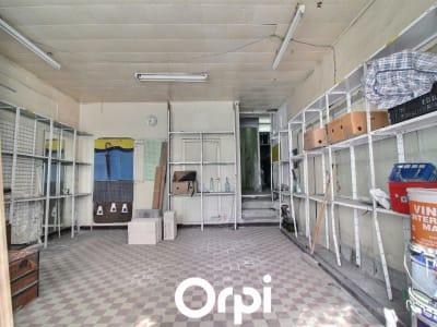 Sale empty room/storage Marseille 2ème