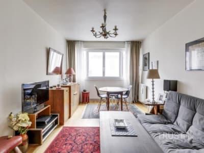 Paris 15 - 2 pièce(s) - 52 m2 - 1er étage