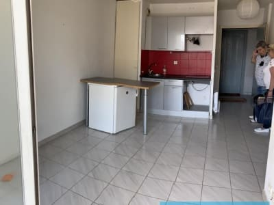 Marseille 08 - 2 pièce(s) - 28 m2