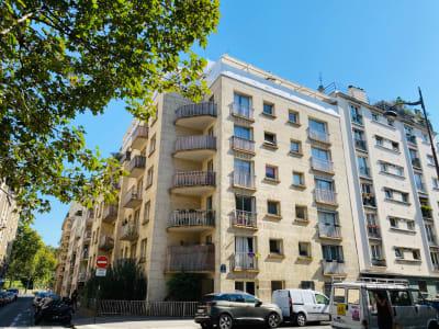 2 pièces 55 m². Métro Dugommier. 5ème étage.