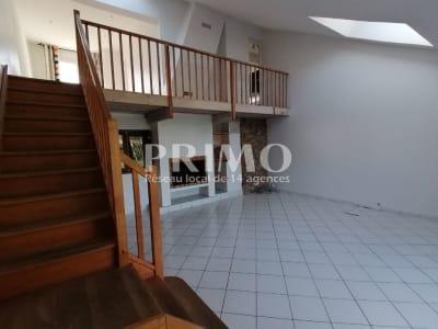 Maison Verrieres Le Buisson 6 pièce(s) 125 m2