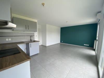 Plan De Cuques - 2 pièce(s) - 45 m2