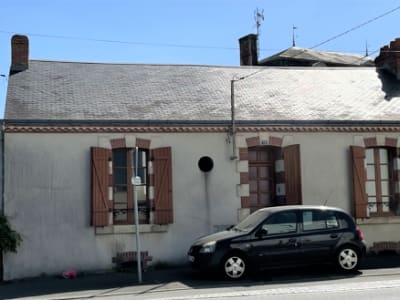 LA ROCHE SUR YON - Maison de cheminot