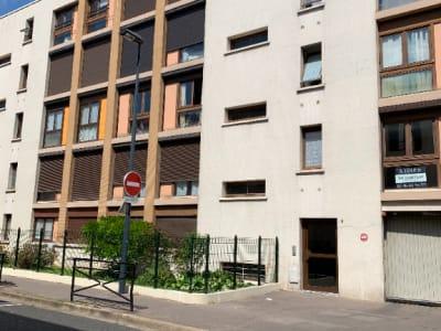 STUDIO VANVES - 1 pièce(s) - 23,32  m²