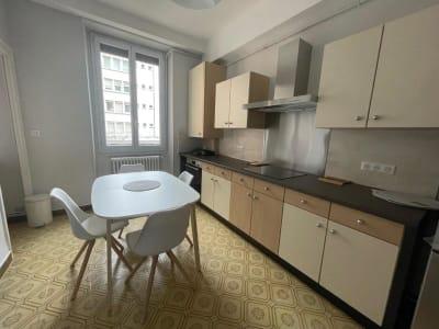 Appartement rénové Grenoble - 3 pièce(s) - 79.72 m2