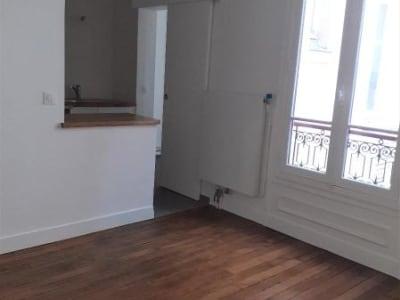 Appartement rénové Paris - 3 pièce(s) - 43.0 m2