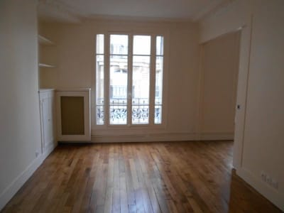 Appartement Paris - 3 pièce(s) - 57.99 m2