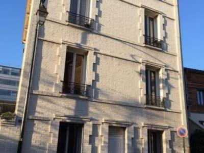 La Garenne Colombes - 1 pièce(s) - 24.37 m2 - Rez de chaussée