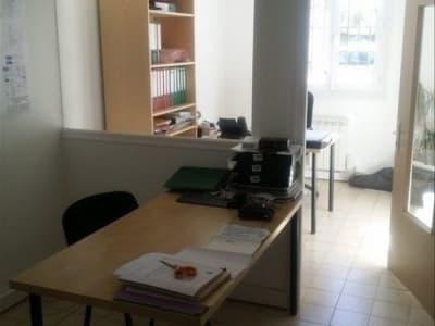 LOCAUX PROFESSIONNELS AIX EN PROVENCE - 92 m2