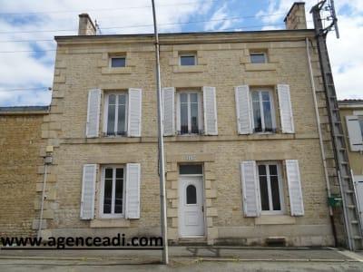 Maison La Creche 6 pièce(s) 162.65 m2