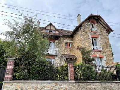 Maison Saint Leu La Foret 7 pièce(s) 155 m2