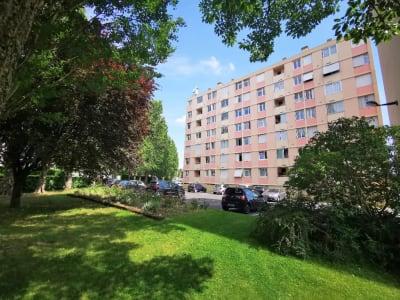 Vente d'un appartement F4 à ATHIS MONS
