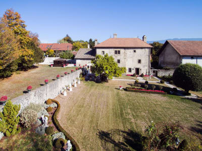 Belle propriété de 400 m2 sur terrain de  4000 m2