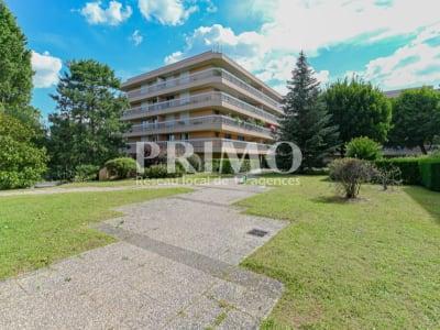 Appartement Verrieres Le Buisson 5 pièce(s) 100 m2