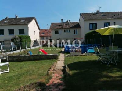 Maison 6 pièces 110 m², 4 chambres, terrain de 443 m²