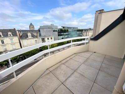 Appartement résidence seniors 'Les Hespérides' Terrasse Parking