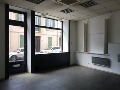 COMMERCIAL STE COLOMBE - 40 m2